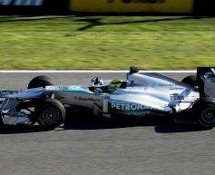 Mercedes W04 breaks cover in Jerez