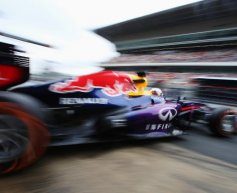 Vettel pips Alonso in second practice