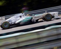 Hamilton beats Vettel in thrilling Hungary qualifying