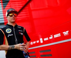 Ferrari 'insane' to sign Raikkonen says Villeneuve