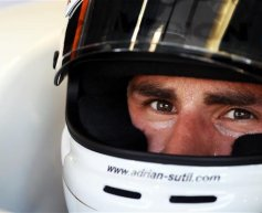 Sutil expecting improved Force India in Singapore