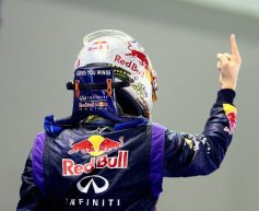 Vettel crushes opposition to dominate in Singapore