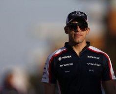 Detached wheel and crash hinder Maldonado