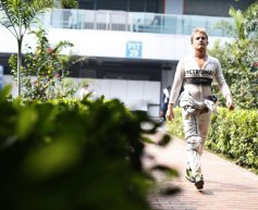 Mercedes duo happy with qualifying performance