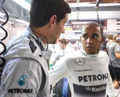 Mercedes targets Ferrari in fight for second in championship