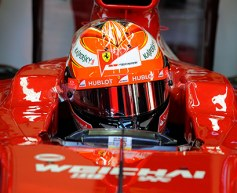 Raikkonen tops subdued first day of testing