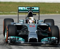 Hamilton quickest in first Malaysian practice