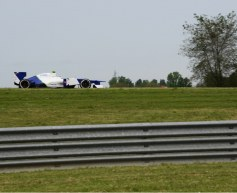 De Silvestro conducts Sauber test