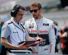 Dennis tells Button to 'try harder'