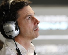 Mercedes receptive to relaxed engine rules