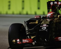 Maldonado 'not even pushing' before crash