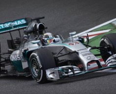 Hamilton heads Rosberg in second session