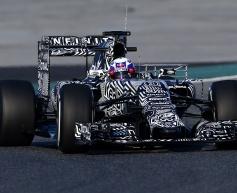 Ricciardo wary of Ferrari pace