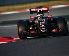 Maldonado sets pace for Lotus at Barcelona