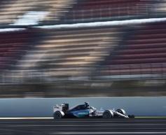 Hamilton fastest on penultimate test day