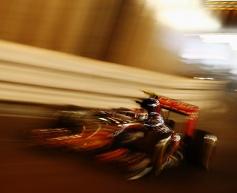 Sainz Jr. penalised with pit lane start