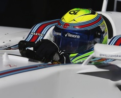No point running in wet - Massa