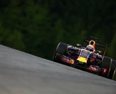 Ricciardo targets 'fun' recovery after penalty