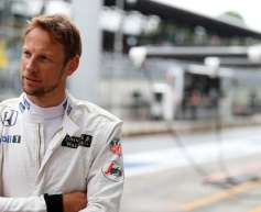 McLaren 'intends' to retain same driver line-up