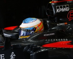 McLaren pair to start from back row