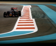 Verstappen gets penalty points in difficult race