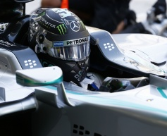 Rosberg braced for difficult weekend due to engine