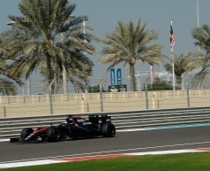 Vandoorne quickest in Pirelli tyre test