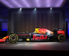 Red Bull unveils new 2016 livery