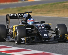 Renault halted by power unit failure