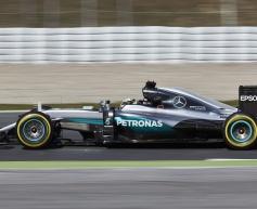 Hamilton glad Mercedes uncovered minor problem