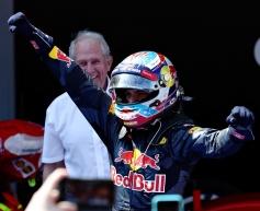 Verstappen takes maiden win, Mercedes collide