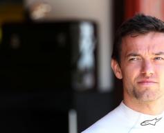 Pirelli working to understand Palmer tyre failure