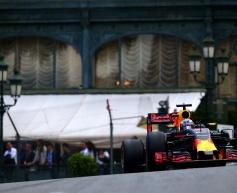 Horner encouraged by Red Bull start