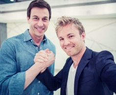 Rosberg pens two-year Mercedes extension