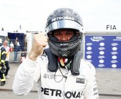 Rosberg beats Hamilton to Germany pole