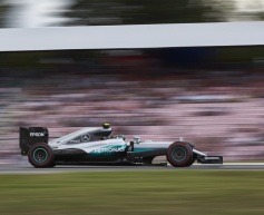 Rosberg quickest as F1 returns