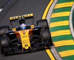 Renault completes troubled practice session