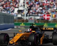 Hulkenberg scores Renault's second point finish