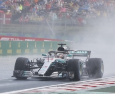 Hamilton stops Ferrari's dominance with pole